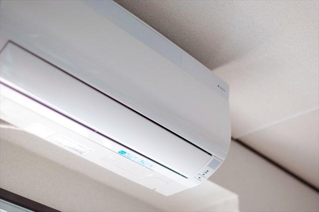 エアコン内部に溜まる汚れの原因とは?